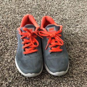 Nike Revolution 3 size 3.5Y